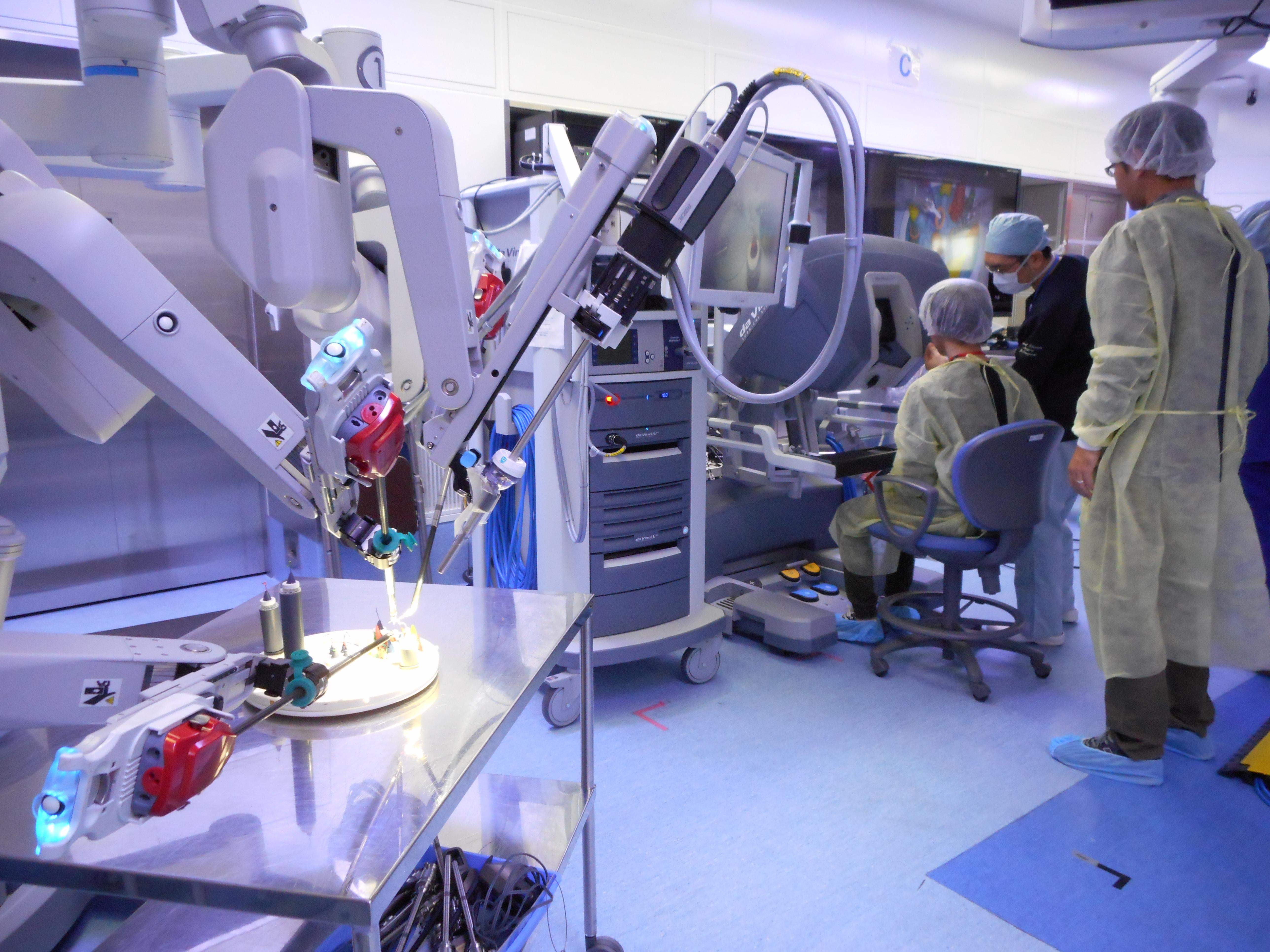 ロボット手術体験ツアー①