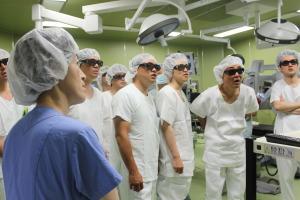 大阪維新の会 手術室